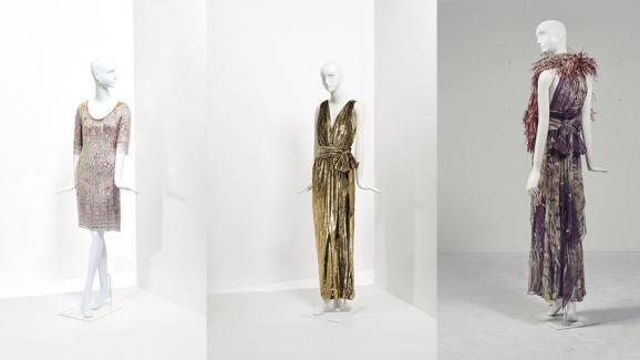 fca14dd6809 Les 3 modèles emblématiques de la vente aux enchères de la garde-robe Yves  Saint