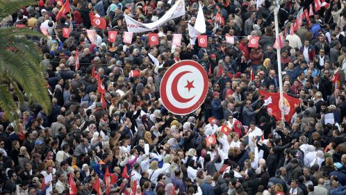 Tunisie : grève des fonctionnaires pour les salaires