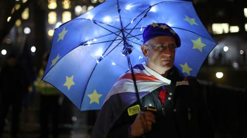 Brexit : 56% des Britanniques voteraient pour rester dans l'UE, selon un sondage