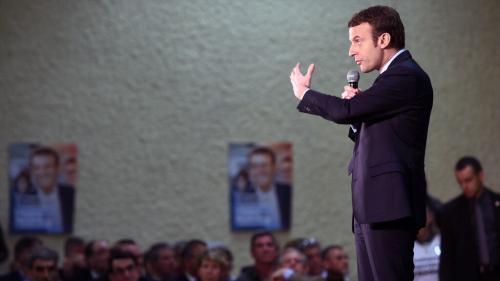 """""""Les gens se sentent oubliés"""" : deux ans après un accueil enthousiaste, Macron revient à Souillac où règne la désillusion"""