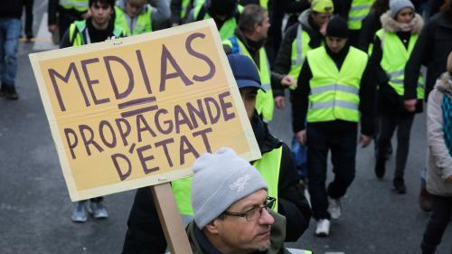 """""""Gilets jaunes"""" : Reporters sans frontières appelle à un """"sursaut citoyen"""" dans une pétition"""