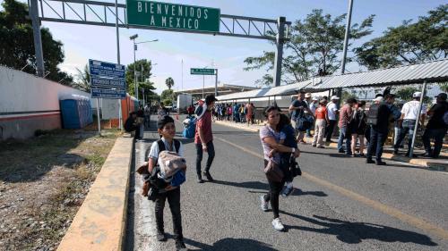 """La nouvelle """"caravane"""" de migrants en route vers les Etats-Unis arrive au Mexique"""