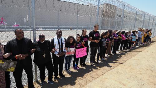Etats-Unis : des milliers d'enfants migrants séparés de leurs parents n'ont jamais été recensés