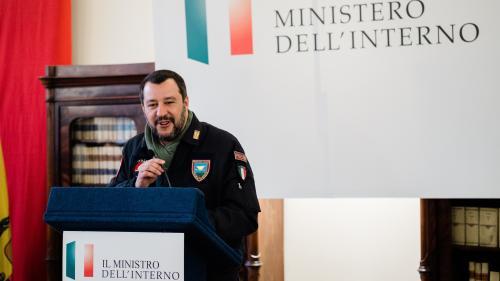 Italie : Salvini prêt à rencontrer Macron à Paris pour obtenir l'extradition d'activistes réfugiés en France