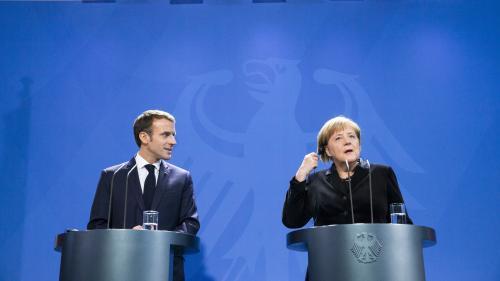 Non, le traité d'Aix-la-Chapelle ne prévoit pas le partage du siège français à l'ONU (ni de livrer certaines régions à l'Allemagne)