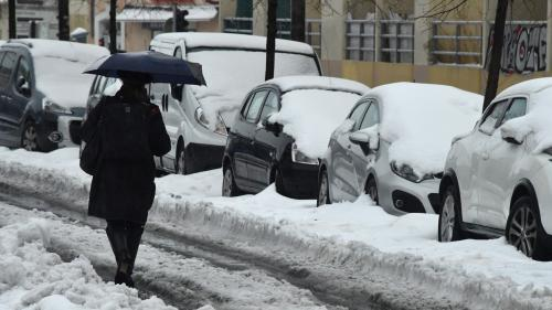 DIRECT. Neige : les flocons arrivent en Ile-de-France, 24 départements en vigilance orange