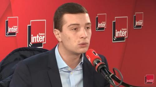 """VIDEO. Jordan Bardella dénonce """"la volonté de transférer des pans de notre souveraineté"""" via le traité franco-allemand"""