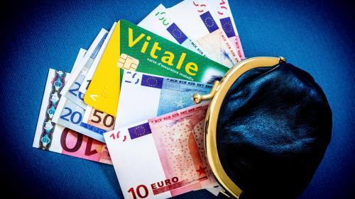 """La France reste championne du monde des """"dépenses sociales publiques"""", selon l'OCDE"""