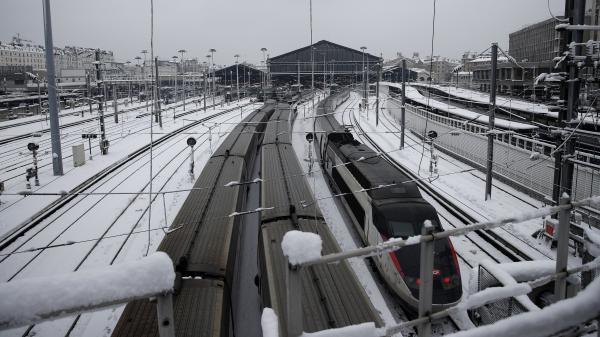 DIRECT. Trains au ralenti dans les Hauts-de-France en raison de la neige abondante