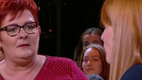 """VIDEO. """"Qu'elle enlève son gilet !"""" : une """"gilet jaune"""" reproche à Ingrid Levavasseur de vouloir récupérer le mouvement en créant sa liste aux européennes"""