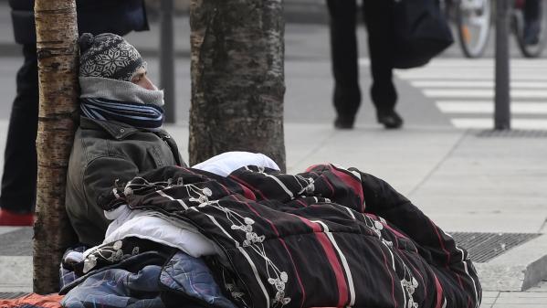 nouvel ordre mondial | Vague de froid : les sans-abri face à l'épreuve de la neige