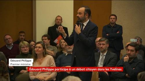 """VIDEO. """"Le RIC me hérisse"""" : Edouard Philippe dit son opposition au référendum d'initiative citoyenne lors d'un débat dans les Yvelines"""
