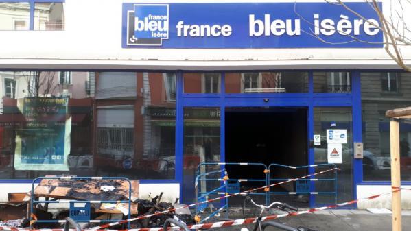 Ce que l'on sait de l'incendie qui a visé les locaux de la radio France Bleu Isère à Grenoble