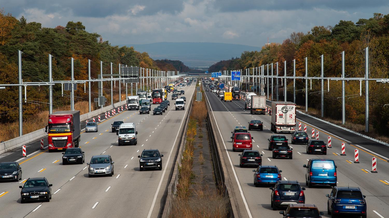 le gouvernement allemand exclut de limiter la vitesse 130 km h sur les autoroutes. Black Bedroom Furniture Sets. Home Design Ideas