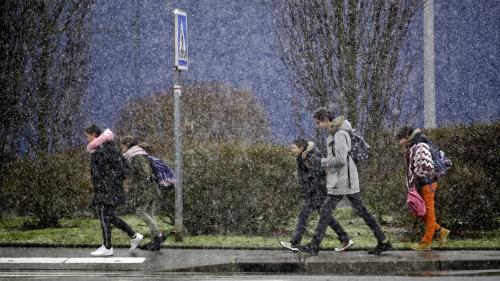 Tempête Gabriel : 37 nouveaux départements placés en vigilance orange pour vents violents ou neigeetverglas