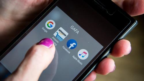 Quatre questions sur l'accord qui pourrait obliger Google, Amazon et Facebook à payer une taxe