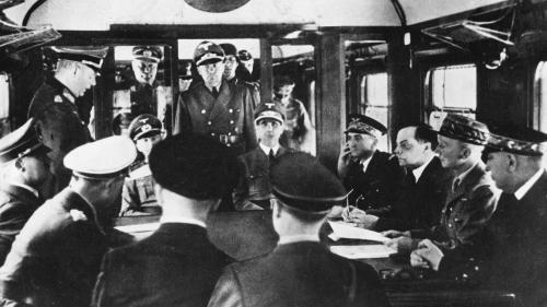 VIDEO. Après 70 ans de silence, des enregistrements secrets font revivre la signature de l'armistice de 1940