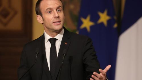 """""""Si être 'gilet jaune', c'est vouloir que le travail paie mieux, moi aussi je suis 'gilet jaune'"""", affirme Emmanuel Macron"""