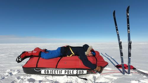 """VIDEO. """"L'impression d'être sur une autre planète"""" : l'explorateur Matthieu Tordeur raconte son incroyable traversée de l'Antarctique"""