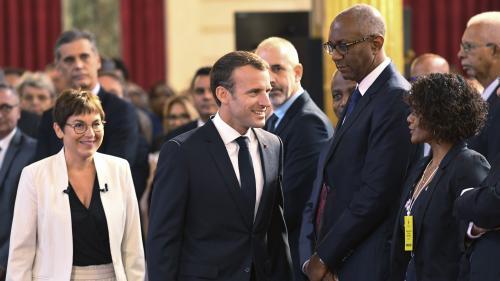 DIRECT. Grand débat : c'est parti ! Regardez les échanges entre Emmanuel Macron et des élus d'outre-mer à l'Elysée