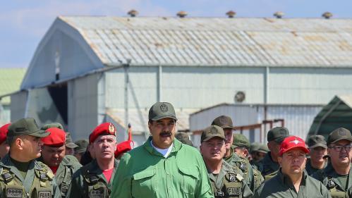 Venezuela : les Etats-Unis prêts à exempter de sanctions les militaires qui rallieraient l'opposition