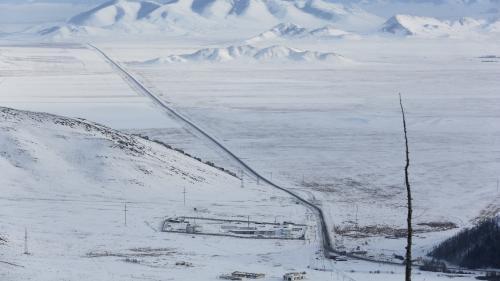 """VIDEO. """"C'est une fluctuation complètement normale"""" : un scientifique analyse le déplacement du pôle Nord magnétique"""