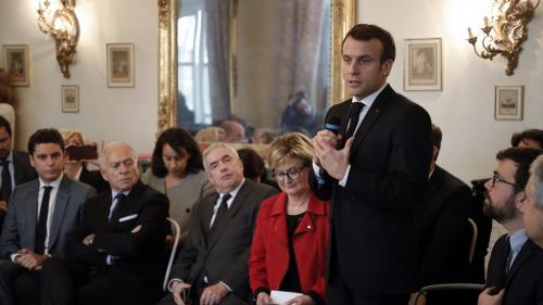 """DIRECT. """"Ce moment a pour but de faire remonter vos préoccupations"""", déclare Emmanuel Macron devant les maires de Saône-et-Loire"""