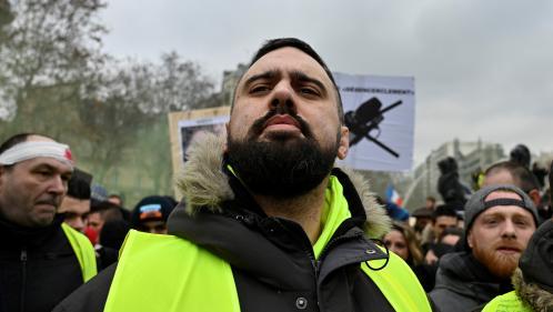 """ENQUETE FRANCEINFO. Du tuning aux """"gilets jaunes"""", comment Eric Drouet est devenu le """"premier opposant à Emmanuel Macron"""""""