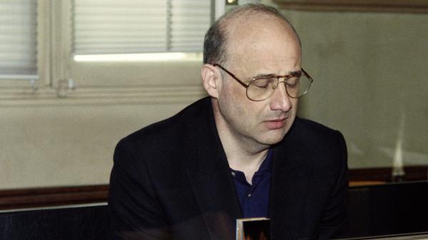 """Affaire Jean-Claude Romand : """"Ce genre de personnage ne récidive jamais"""" affirme un psychiatre criminologue"""