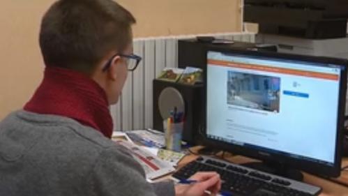 Une école recrute des élèves sur internet