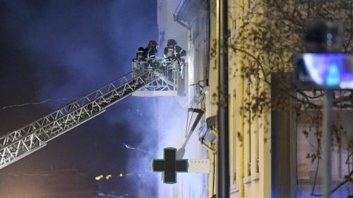 Lyon : ce que l'on sait de l'explosion et de l'incendie qui ont causé la mort d'une femme et de son enfant