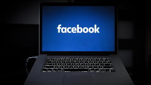 """L'école de journalisme de Grenoble """"condamne"""" des """"propos haineux"""" tenus par d'anciens étudiants sur un groupe Facebook"""