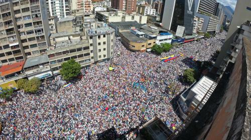 Venezuela: Juan Guaido annonce que l'aide humanitaire entrera dans le pays le 23février