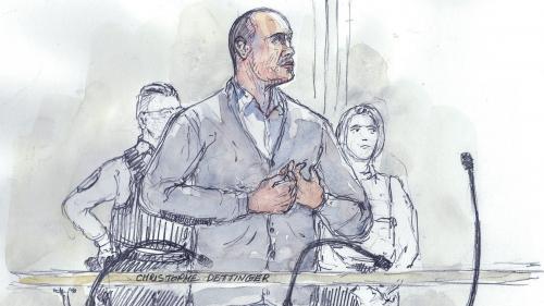 """""""Je ne suis pas quelqu'un de méchant"""" : au procès de Christophe Dettinger, le tribunal a fait un """"arrêt sur images"""" sur la manifestation qui a tout fait basculer"""