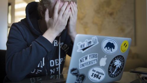S'entourer, garder des preuves et porter plainte : comment réagir si vous êtes harcelé sur internet ?
