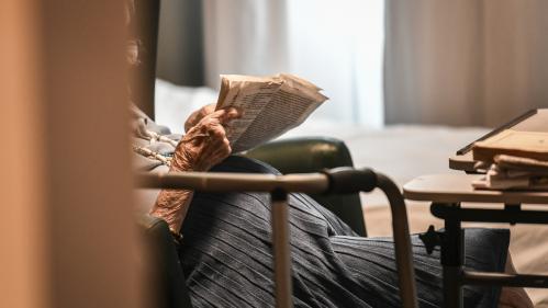 Val-de-Marne : procès d'un aide-soignant accusé de maltraitance en EHPAD - Nouvel Ordre Mondial