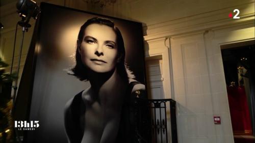 VIDEO. Studio Harcourt : dans les secrets d'un portrait en noir et blanc tiré par le studio des légendes