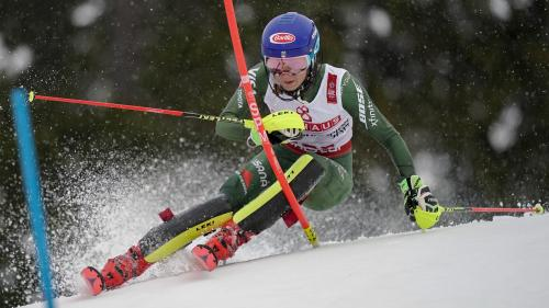 Slalom féminin : Mikaela Shiffrin, au-dessus du lot, remporte son 4e titre mondial
