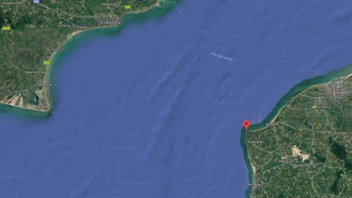 Une vingtaine de migrants interceptés alors qu'ils tentaient de traverser la Manche sur un bateau à moteur