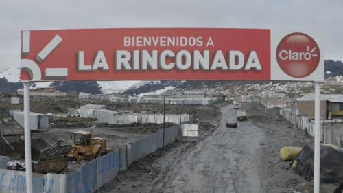 """VIDÉO. Pérou : vivre à La Rinconada à plus de 5 000 m d'altitude """"est un défi à la physiologie de l'organisme humain"""""""