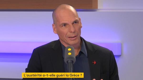 """Yanis Varoufakis : """"'Les gilets jaunes' sont les enfants de l'austérité des dernières décennies"""""""