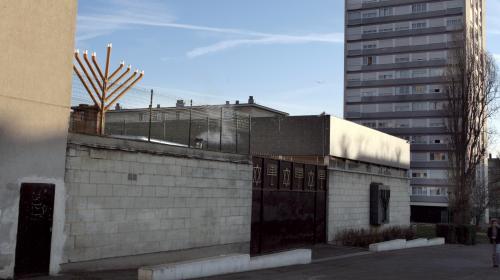 Sarcelles : deux adolescents tirent à la carabine à plomb devant une synagogue