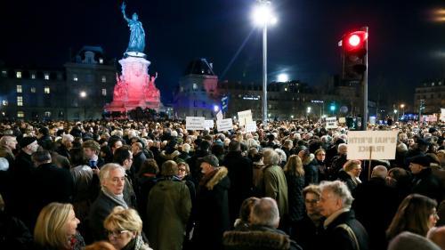 Quelque 20 000 personnes rassemblées contre l'antisémitisme à Paris