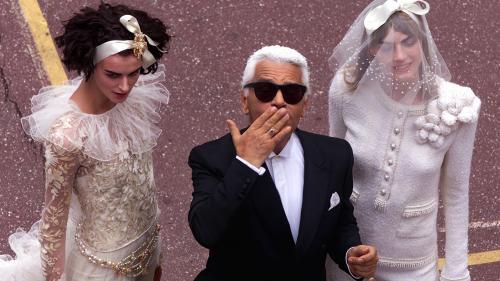 Karl Lagerfeld, une icône planétaire
