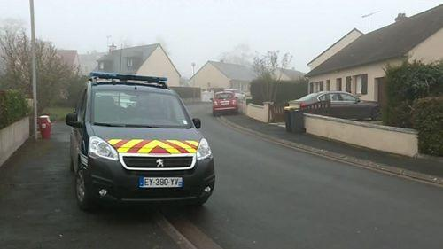 Mayenne : un policier tue sa compagne avant de se suicider