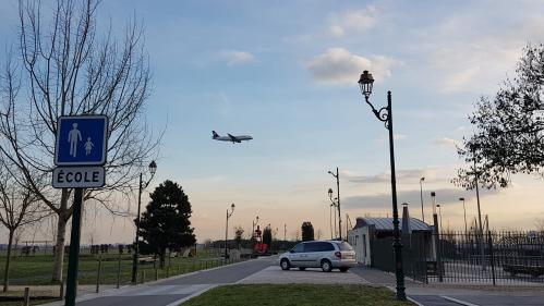 """""""On se réveille tous les jours à 4 heures du matin"""" : comment le bruit de l'aéroport Paris-Charles-de-Gaulle pourrit la vie de certains Franciliens"""