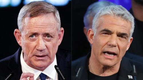 Israël : les deux principaux candidats d'opposition annoncent une alliance pour battre Benyamin Nétanyahou aux législatives