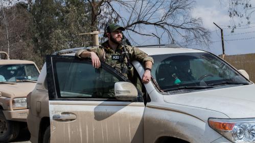 """Syrie : les Etats-Unis vont finalement laisser environ 200 soldats dans le pays """"pour un certain temps"""""""