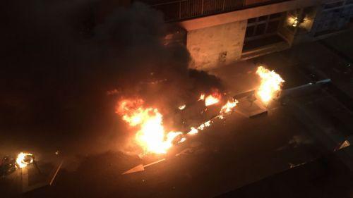 Paris : l'incendie d'une camionnette s'étend à 13 autres véhicules dans le 17e arrondissement