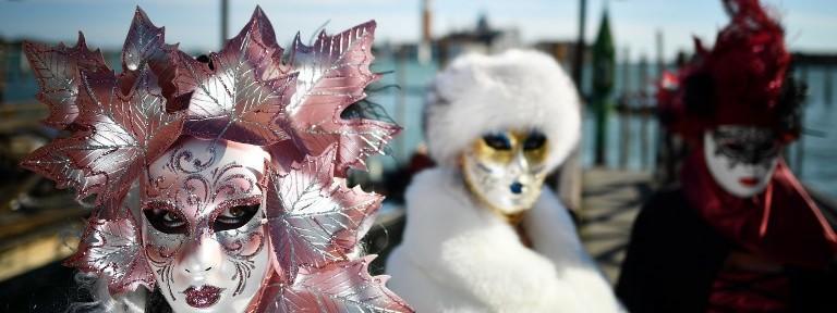 vente limitée vente au royaume uni énorme inventaire Venise : le carnaval démasqué épisode 1